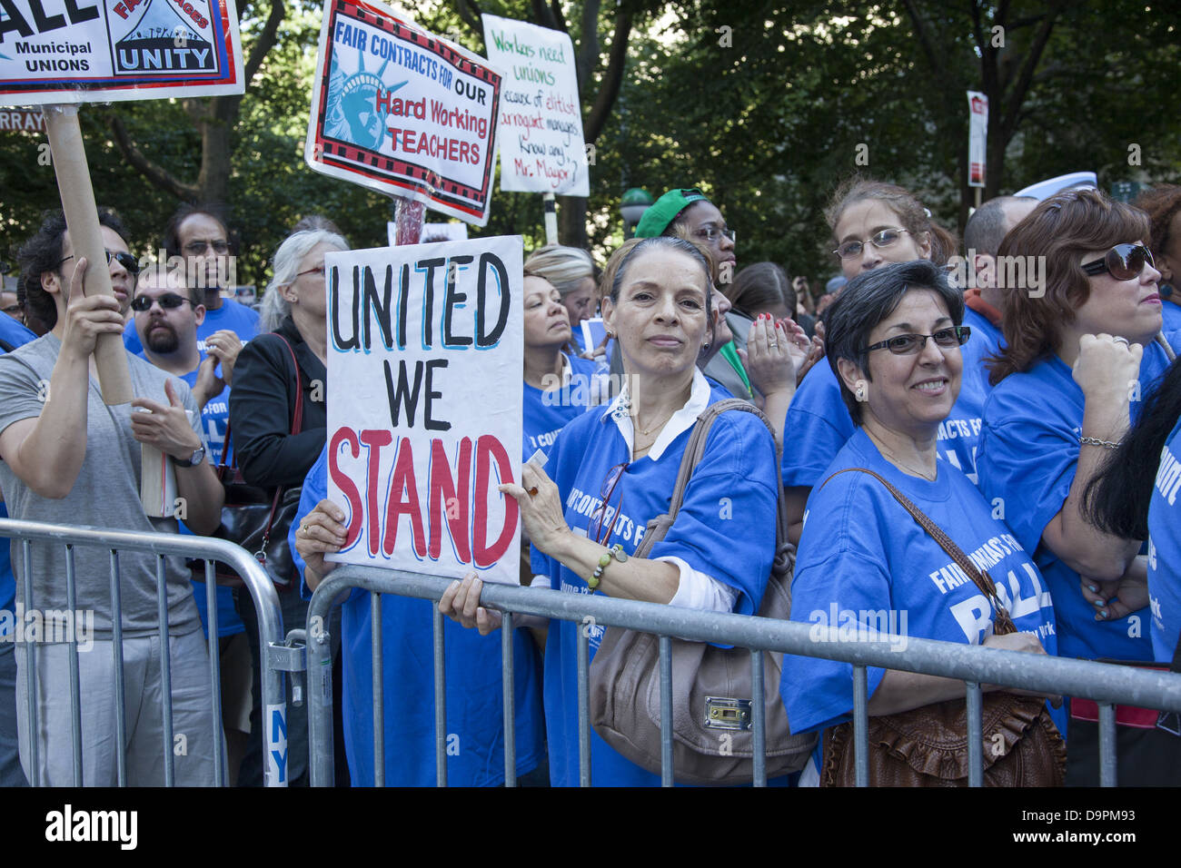 Gewerkschaftlich organisiert Stadtarbeiter durch abwechslungsreiche Berufe, FDNY, Lehrer, Krankenschwestern etc. Stockbild