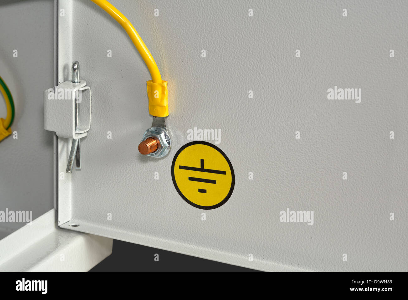 Grounding Stockfotos & Grounding Bilder - Alamy