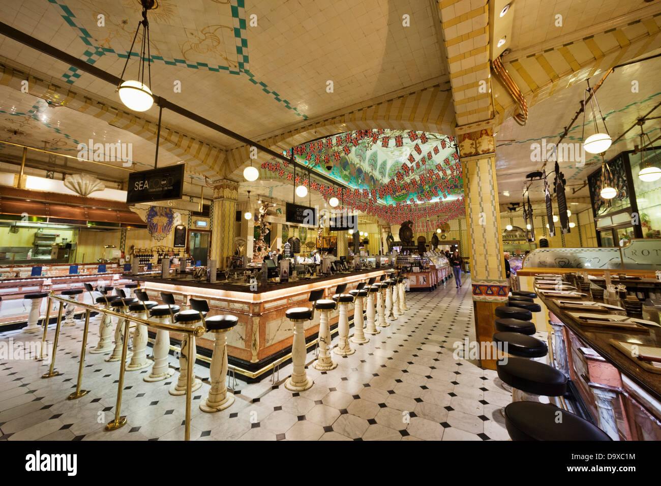 gro britannien england london knightsbridge harrods foodhall restaurants stockfoto bild. Black Bedroom Furniture Sets. Home Design Ideas