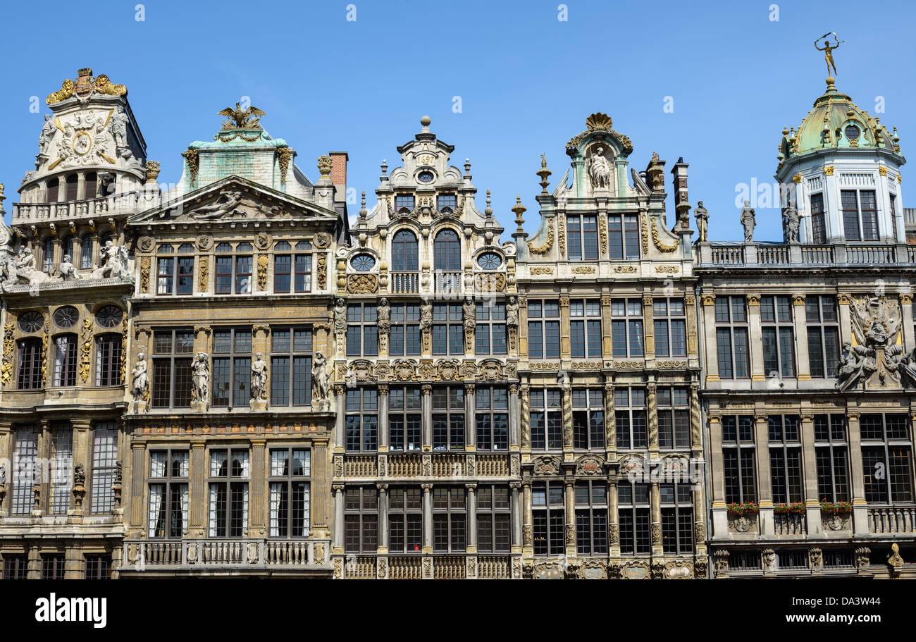 Brüssel, Belgien - Die prachtvolle barocke Architektur von einigen der Guildhalls in der Grand Place, Brüssel. Stockbild
