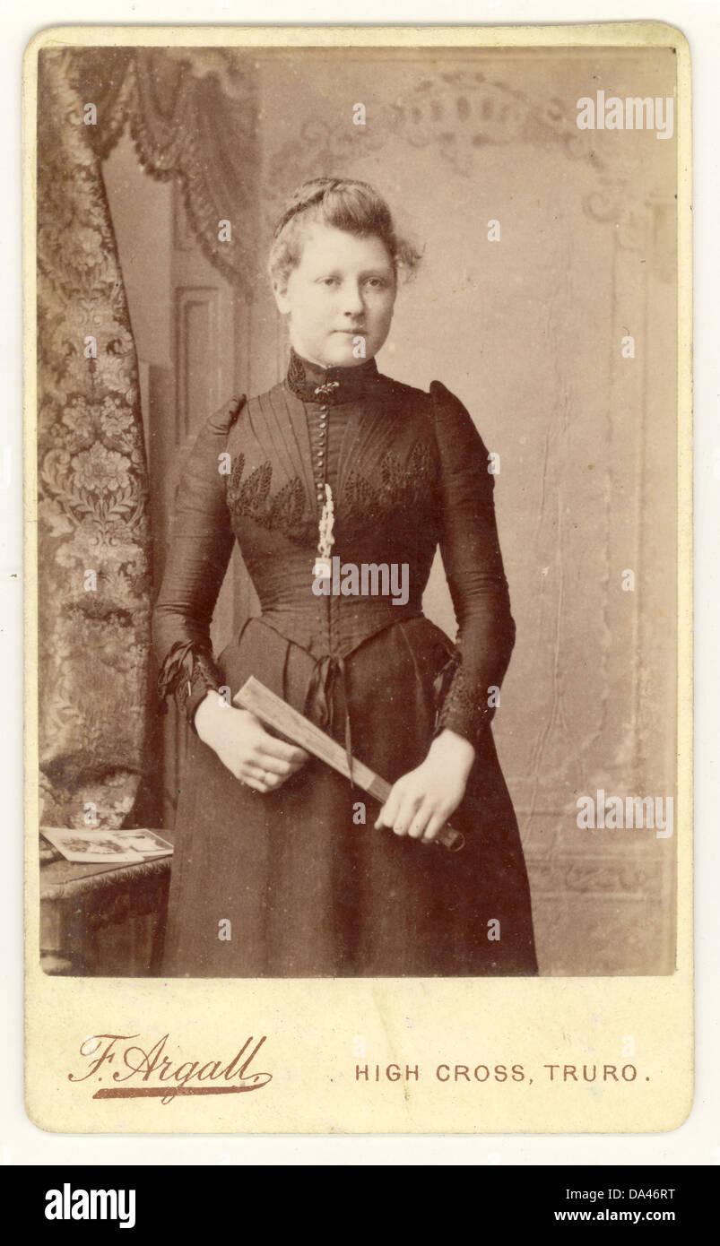 Cartes De Visite Visitenkarte Portrat Einer Viktorianischen Frau 1890 Cornwall Grossbritannien