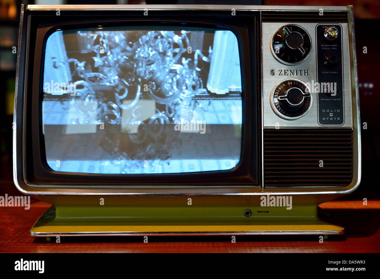 Eine Alte Zenith Schwarz Weiss Fernseher Stockfoto Bild 57907671