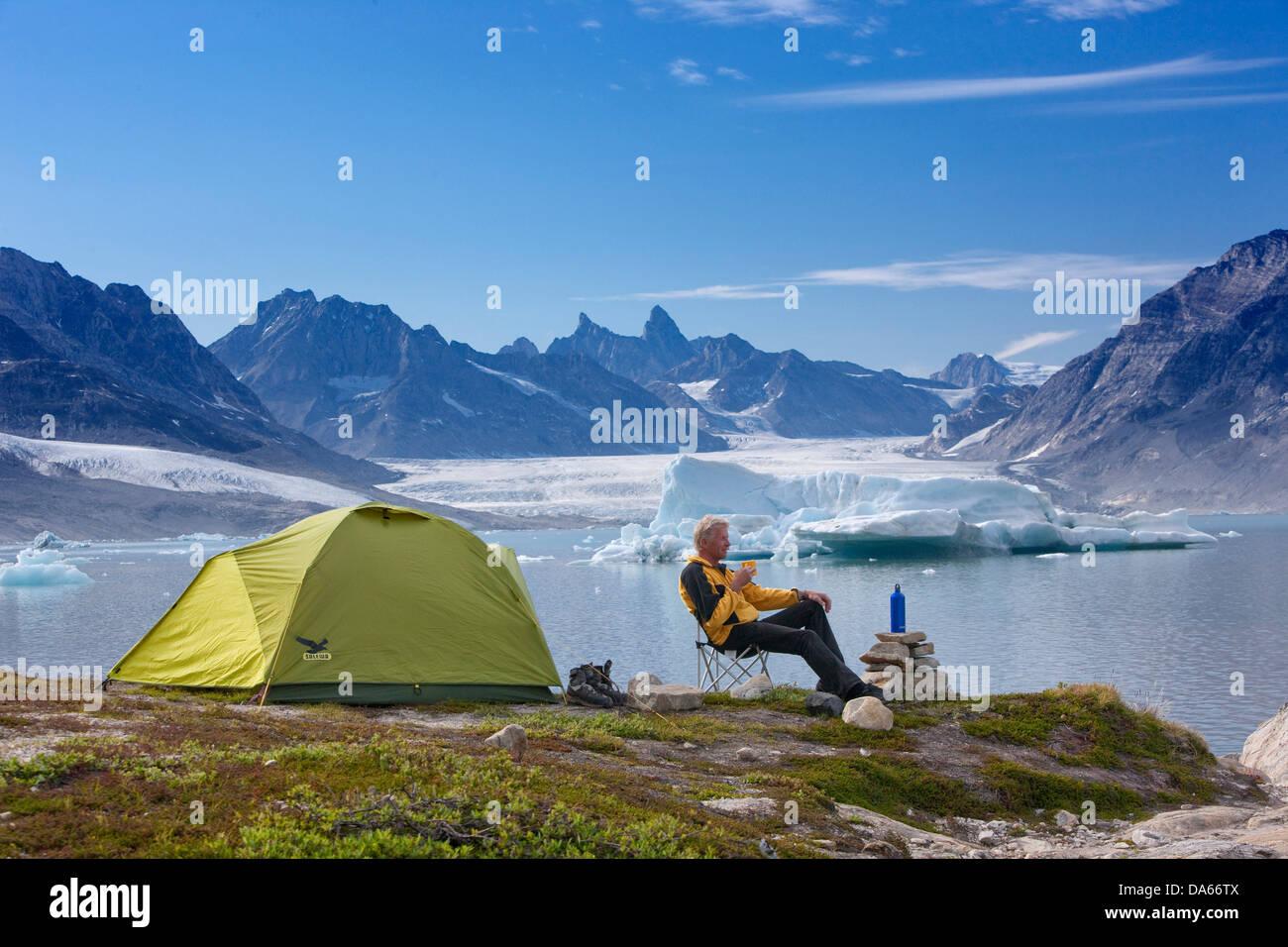 Sermiligaaq, camping, Karale, Lager, Grönland, Ost-Grönland, Gletscher, Eis, Ei, Moräne, Mann, Zelt Stockbild