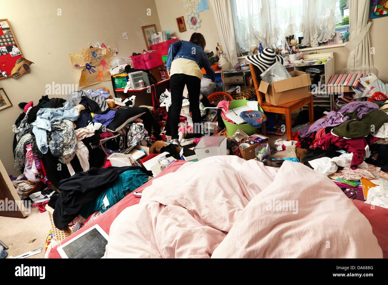 Messy Teen Bedroom Stockfotos Und Bilder Kaufen Alamy