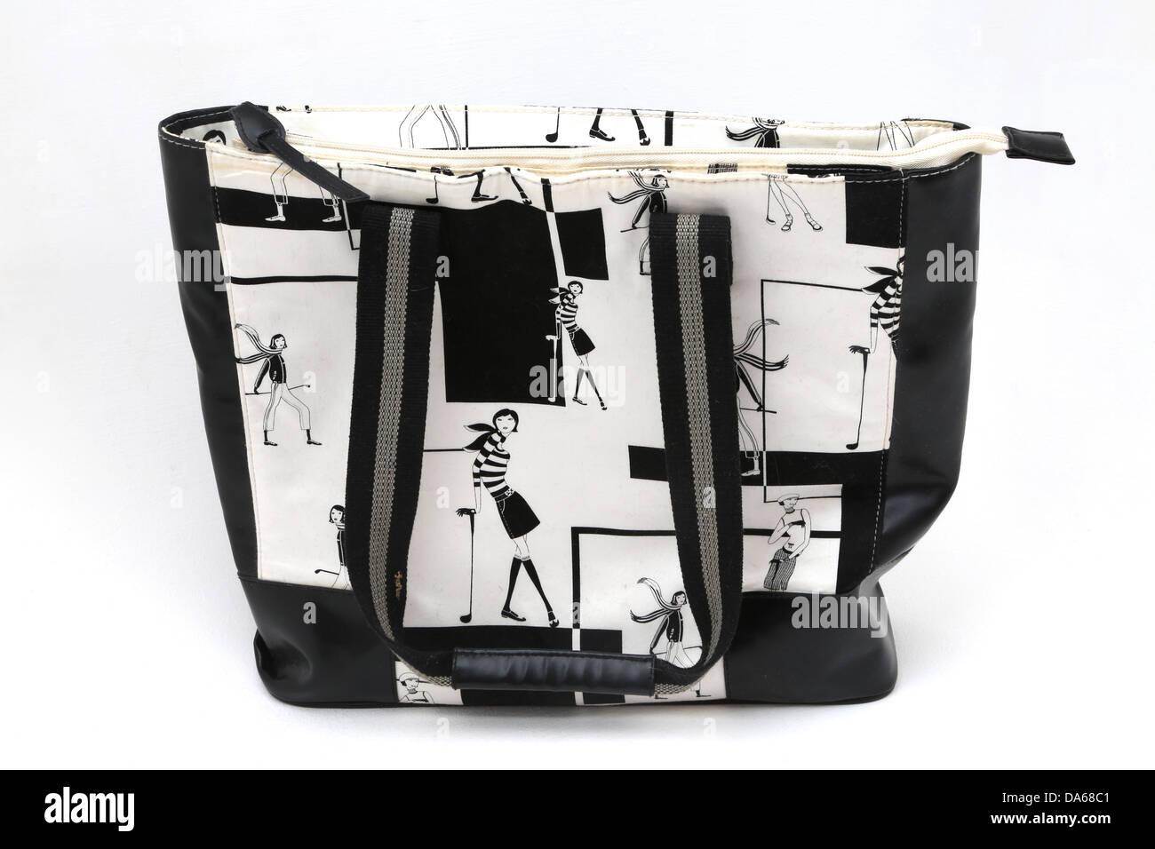 577a33f88e138 Weiße Handtasche Stockfotos   Weiße Handtasche Bilder - Alamy