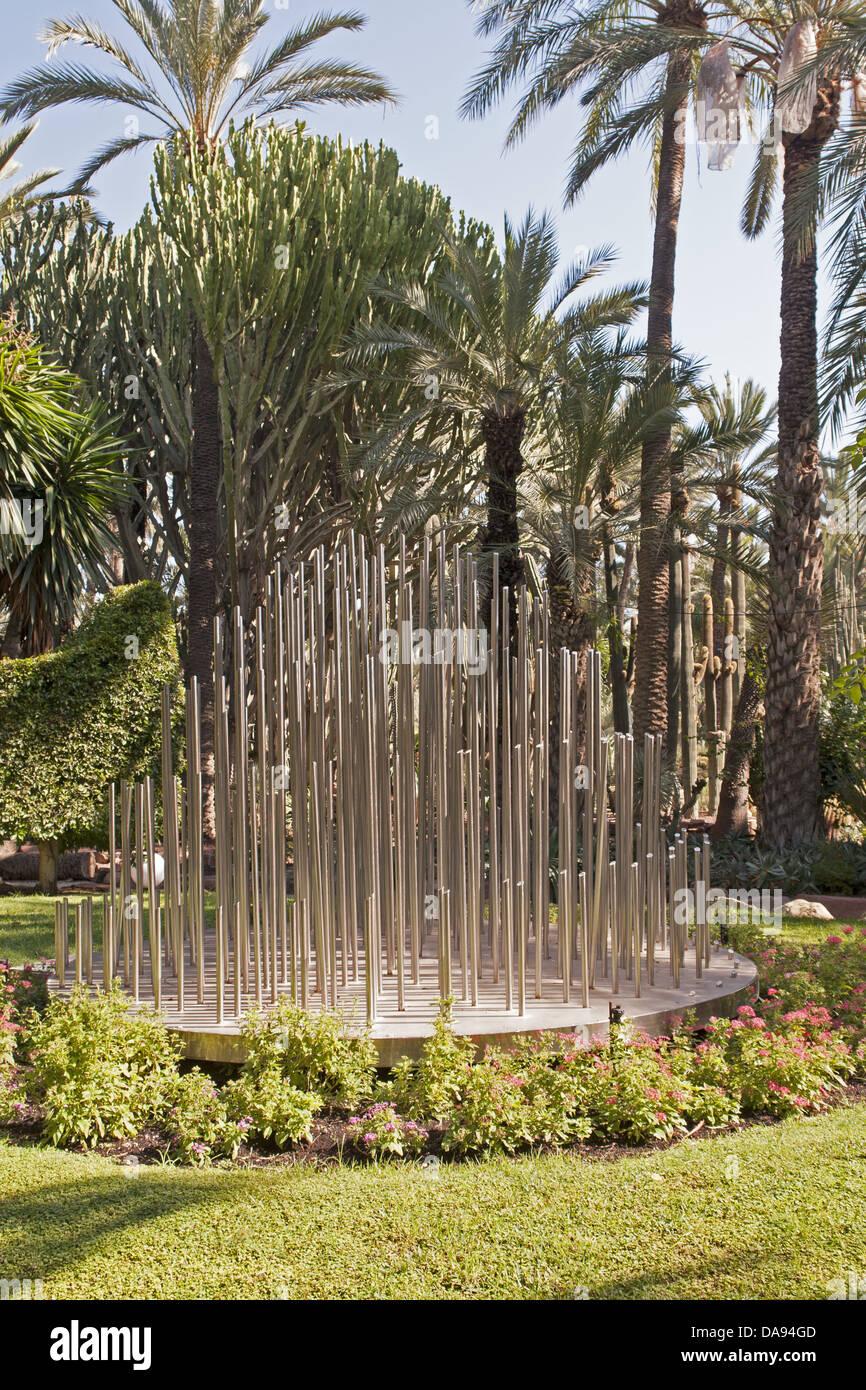 Europa, Spanien, Valencia, Elche, Carrer Porta De La Morera, Palmen, Garten,  Palmen, Stahl, Stück Kunst, Tourismus, Pflanzen, Gärten, Pa