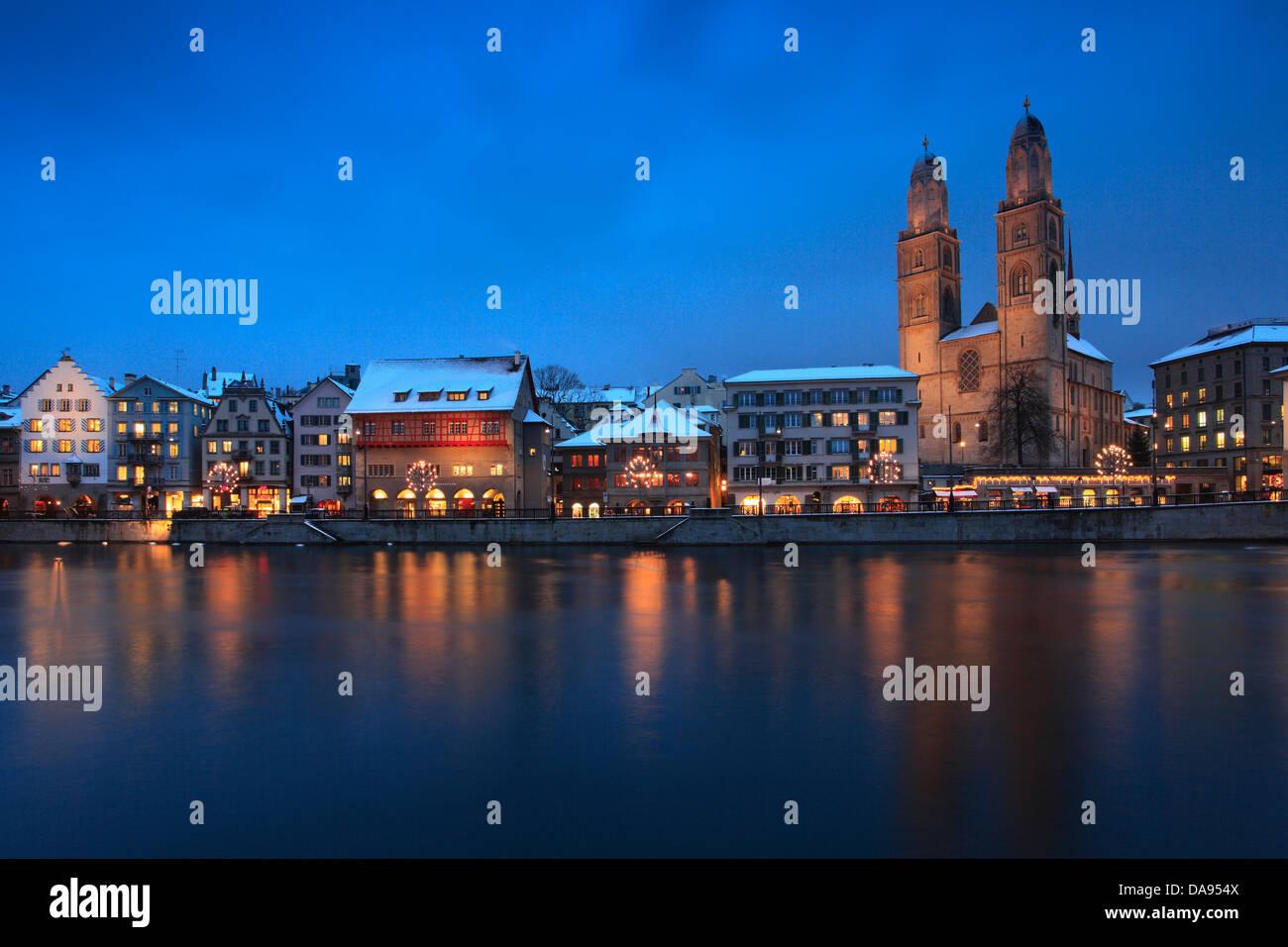 Advent, Beleuchtung, Beleuchtung, Adventszeit, Altstadt, Stadt, Sonnenuntergang, Dämmerung, Grossmünster, Stockbild