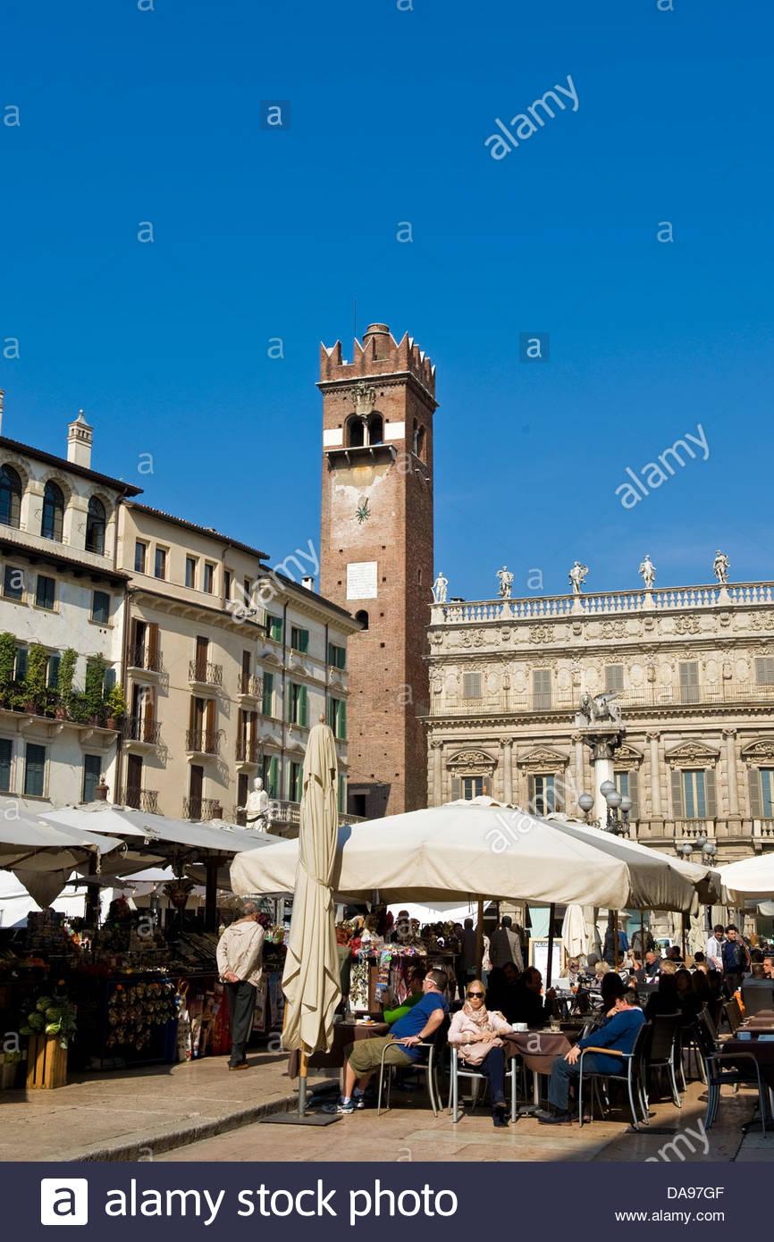 Italien, Veneto, Verona, Piazza Delle Erbe Stockbild
