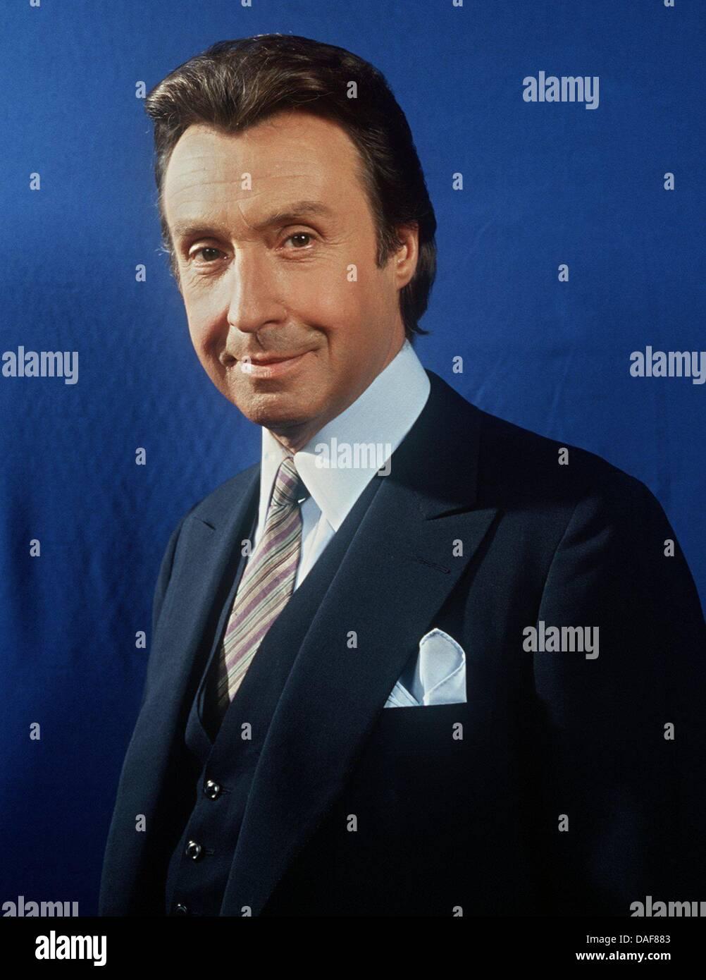 (Dpa-Datei)Ein undatiertes Datei Bild TV-Entertainer Peter Alexander, österreichischer Schauspieler und Stockbild