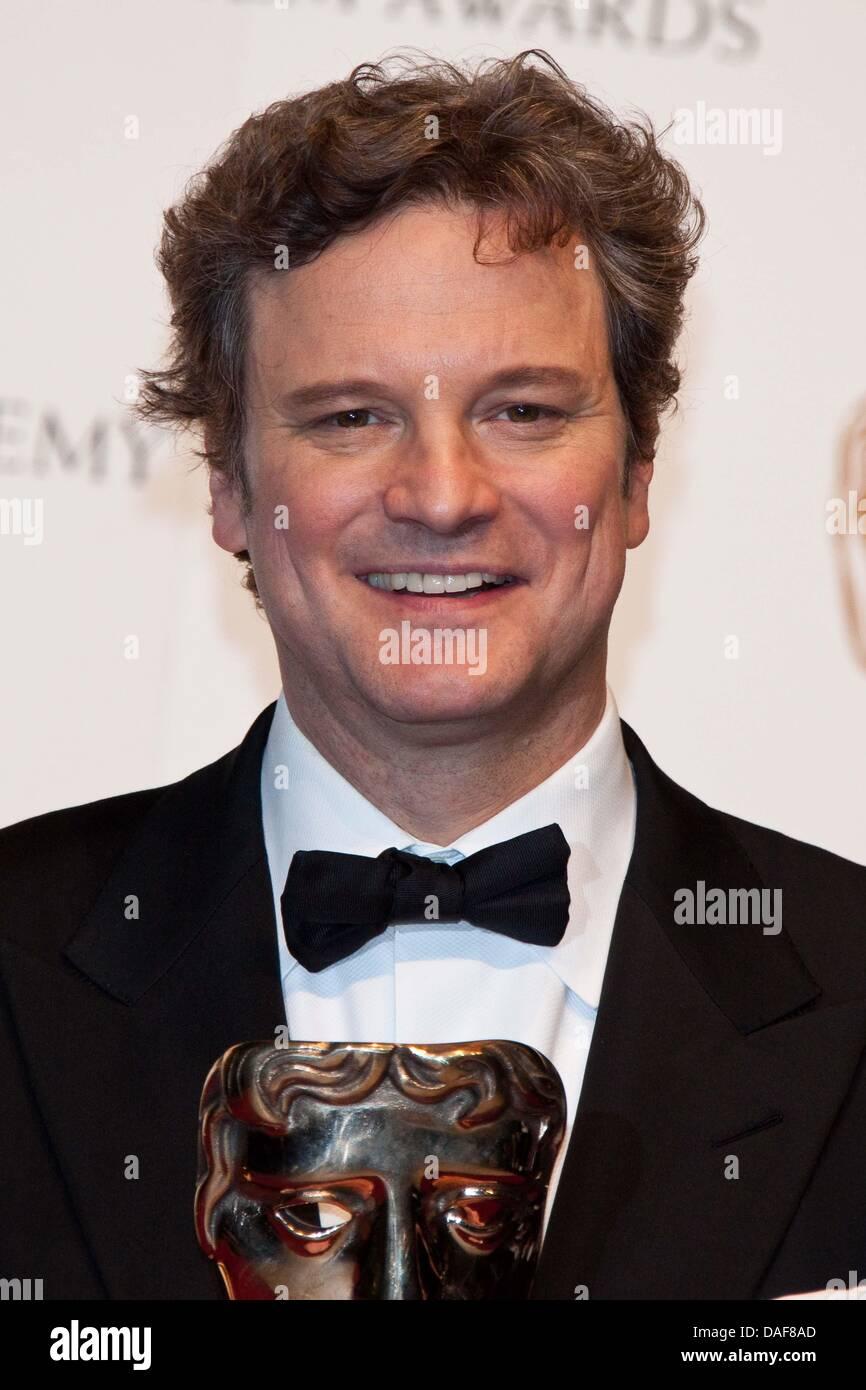 Britischer Schauspieler Colin Firth stellt im Drucksaal des Gewinners des Orange British Academy Film Awards, aka Stockbild