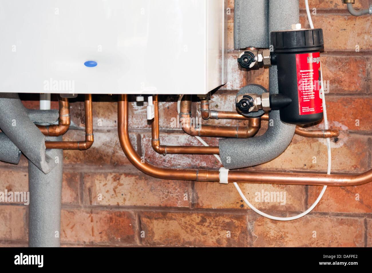 Combi Boiler Stockfotos & Combi Boiler Bilder - Alamy
