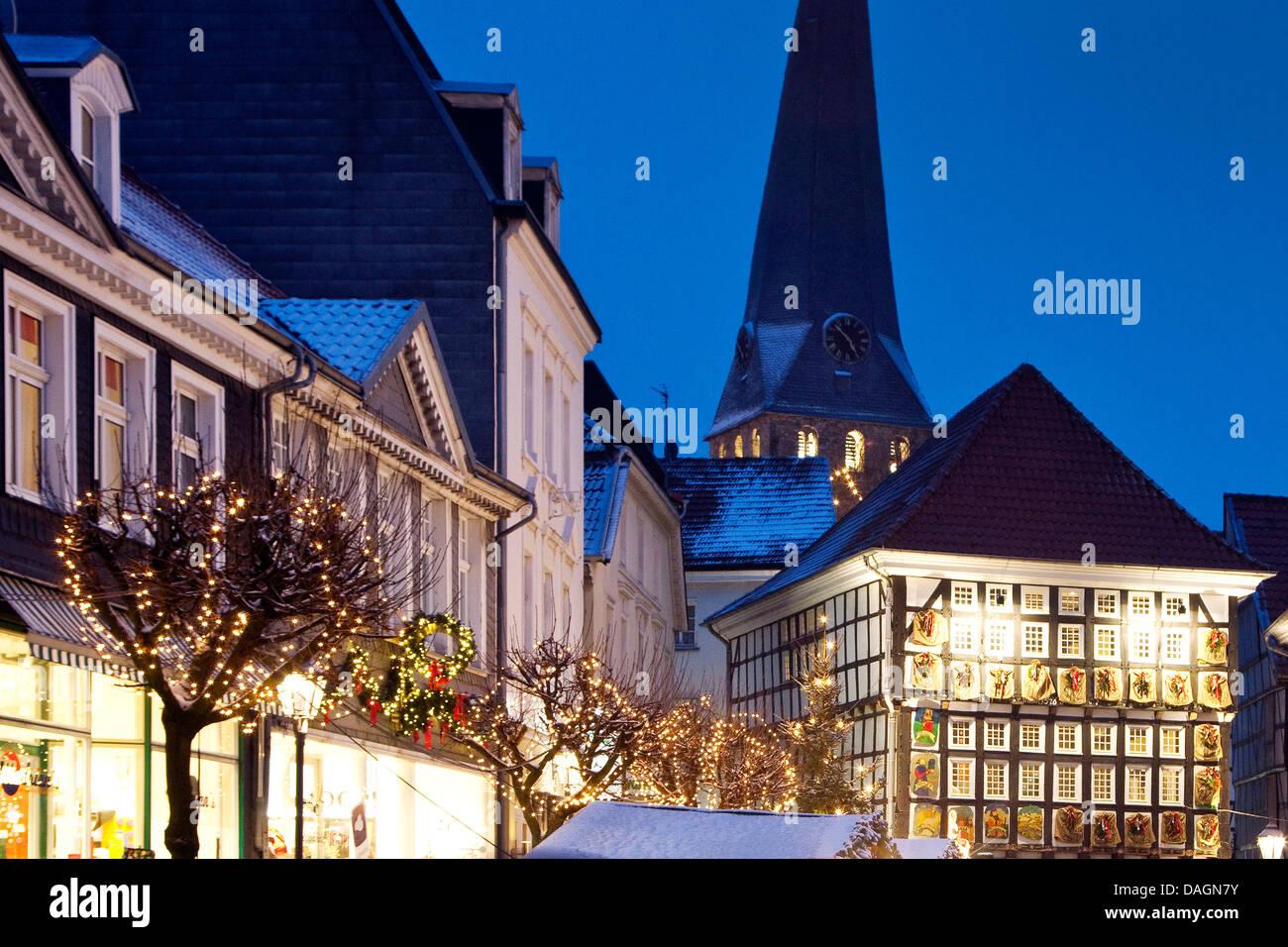 Alte Weihnachtskalender.Adventskalender Auf Das Alte Rathaus Auf Dem Weihnachtsmarkt In Der