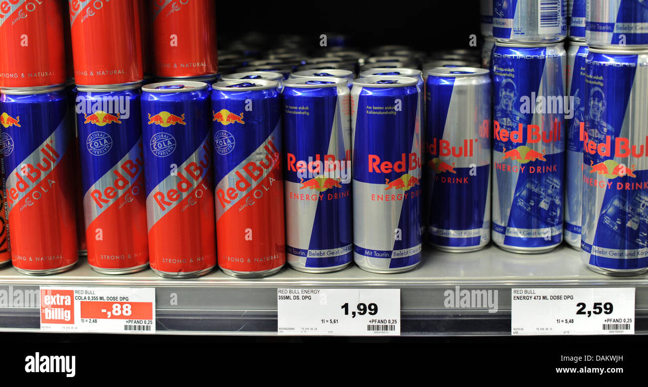 Red Bull Kühlschrank Slim : Red bull cans stockfotos red bull cans bilder alamy
