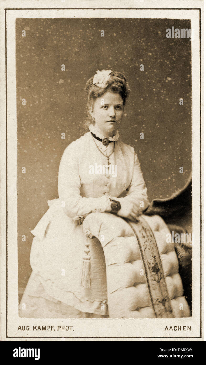 Leute Frauen Frau Carte De Visite Von August Kampf Aachen Ca 1900 Additional Rights Clearences NA