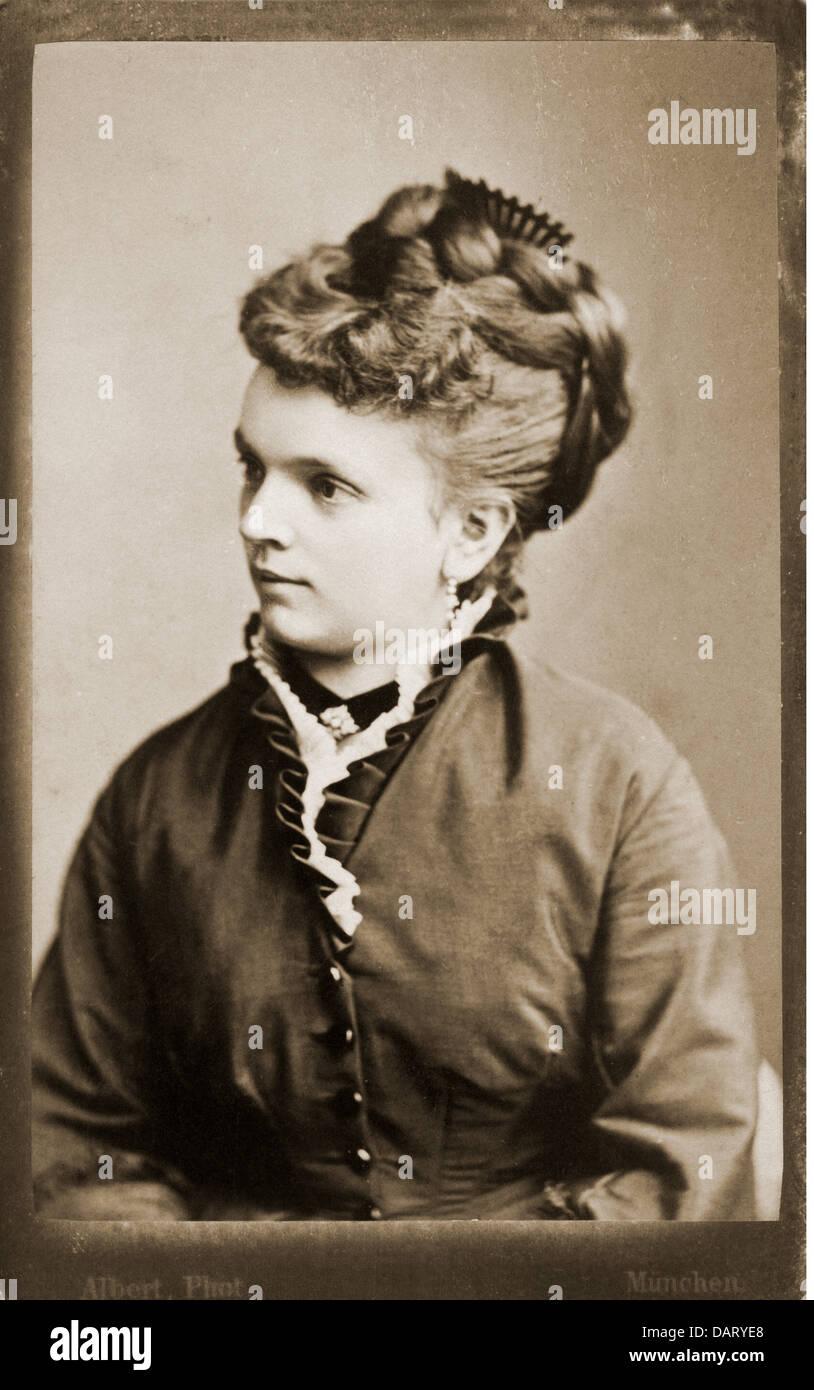 Leute Frauen Frau Carte De Visite Von J Albert Munchen Deutschland Um 1900 Additional Rights