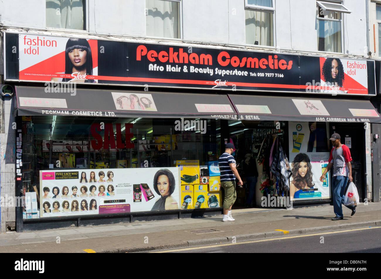 Peckham Kosmetik Afro-Haar & Schönheit Superstore in Roggen Lane, Peckham, Südlondon. Stockbild