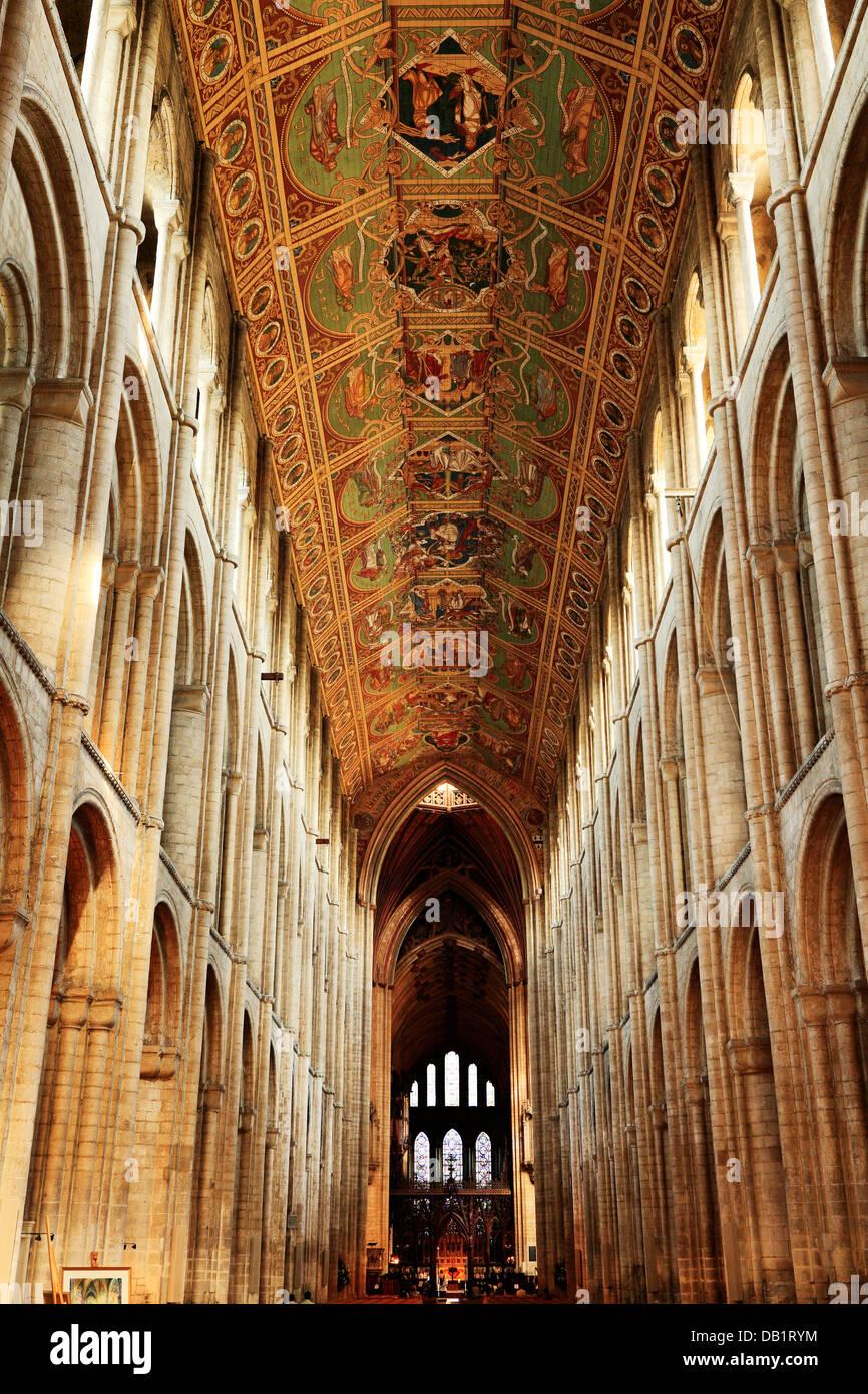 Ely Cathedral, das Kirchenschiff und die Decke, auf der Suche nach Osten, innen Interieur, Cambridgeshire England Stockbild