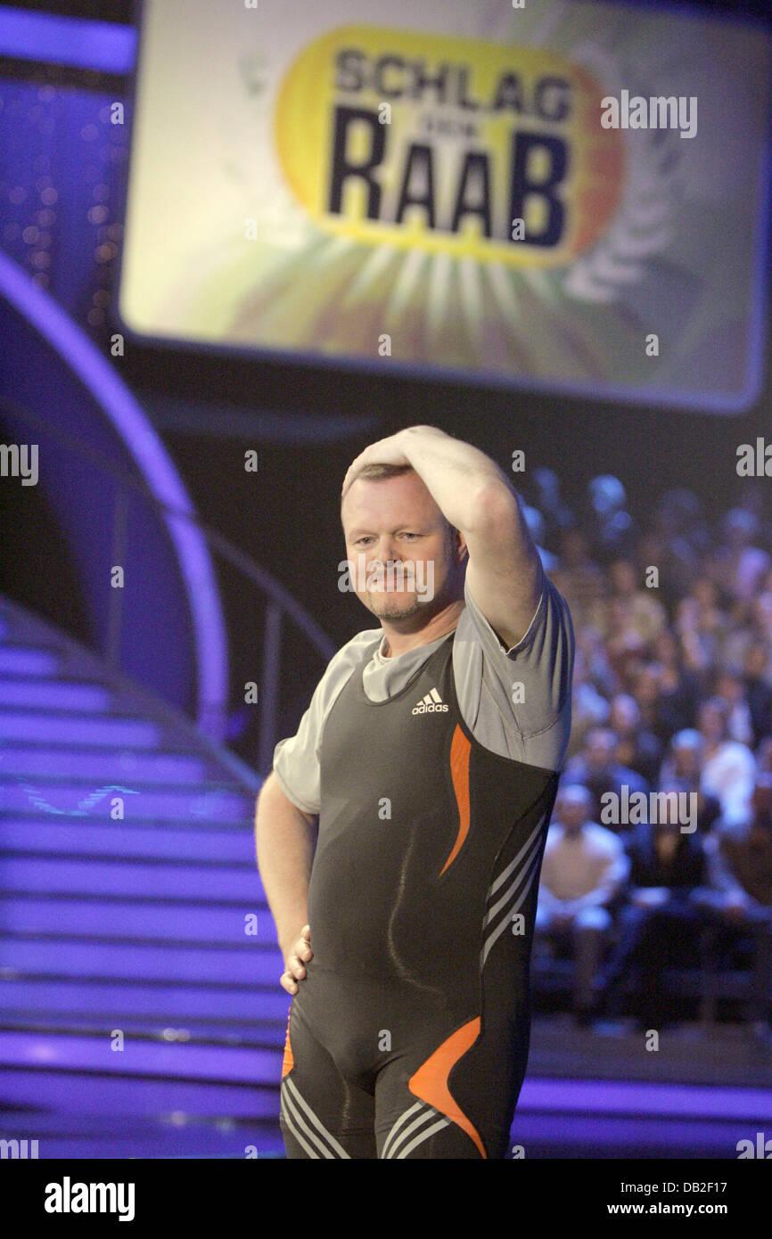 Deutsche Tv Moderator Stefan Raab Im Bild Während Eines Spiels Am