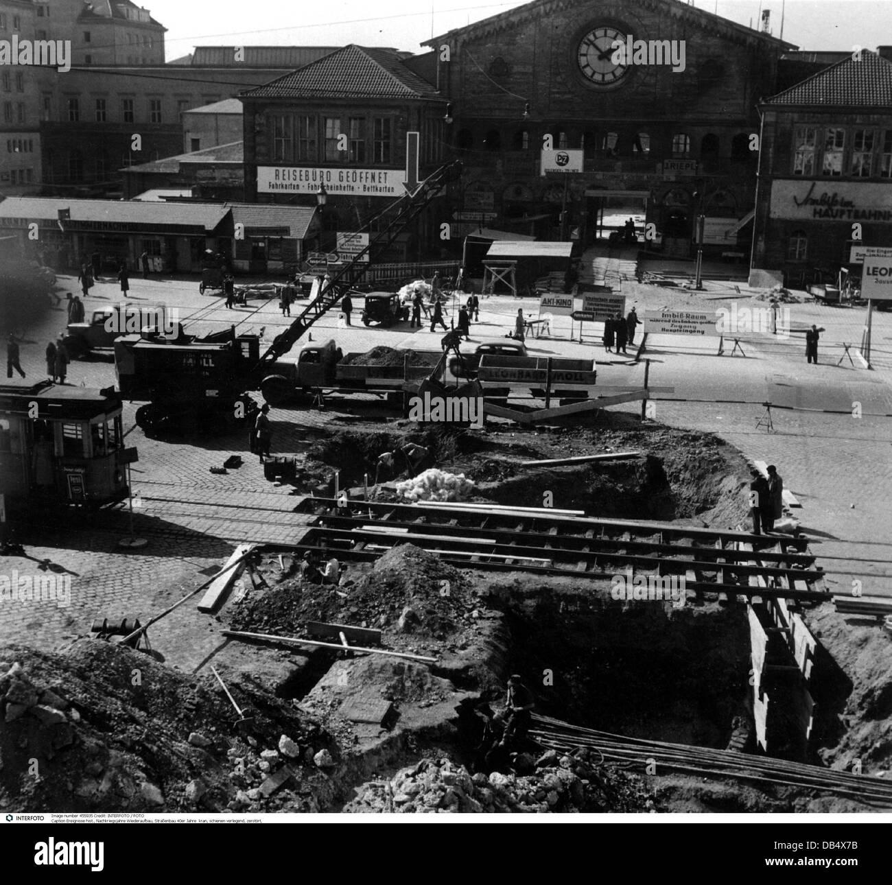 Nachkriegszeit, Wiederaufbau, Baustellen vor dem Münchner Hauptbahnhof, 1940er Jahre, Straßenarbeiten, Stockbild