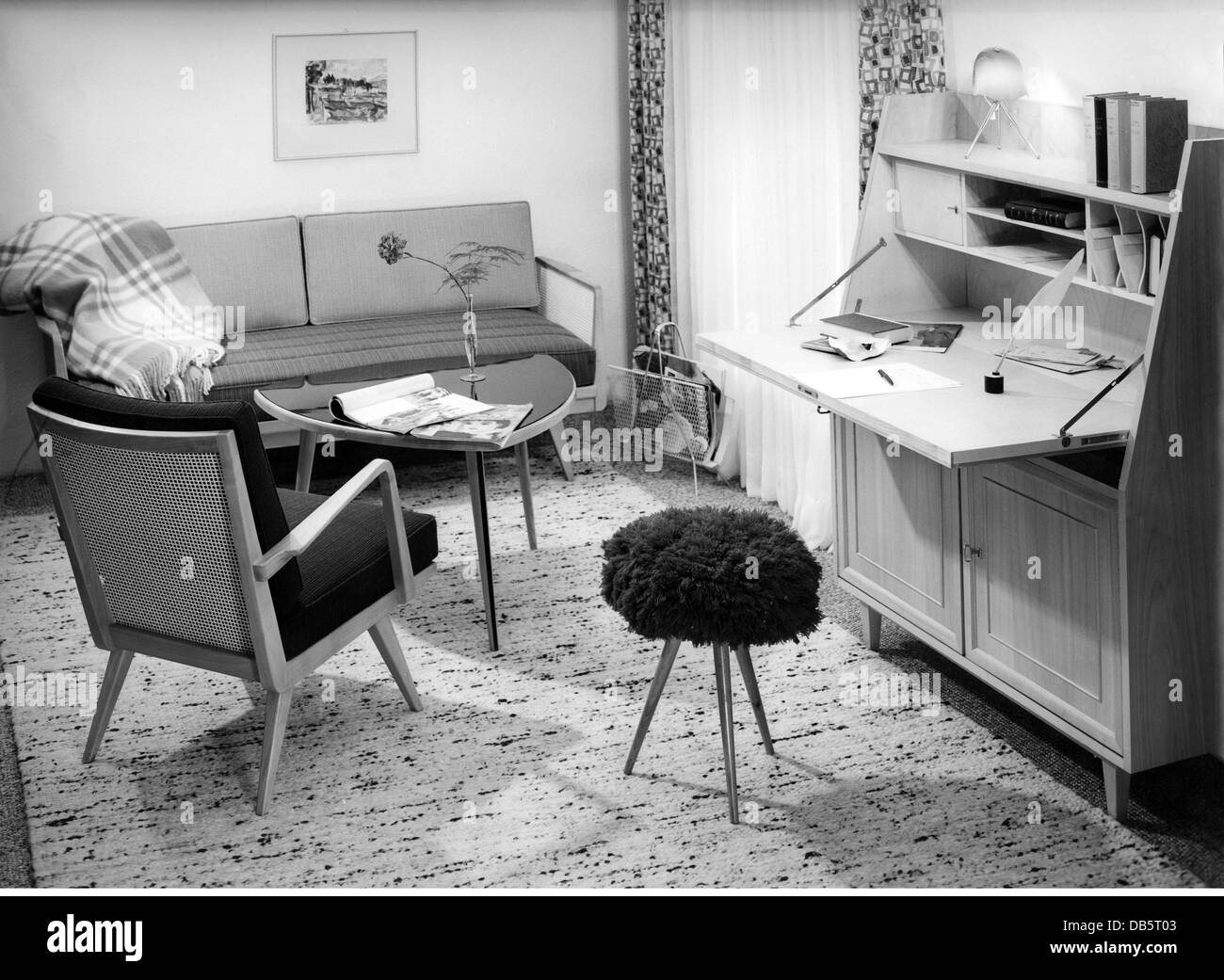1950s living room stockfotos 1950s living room bilder alamy. Black Bedroom Furniture Sets. Home Design Ideas