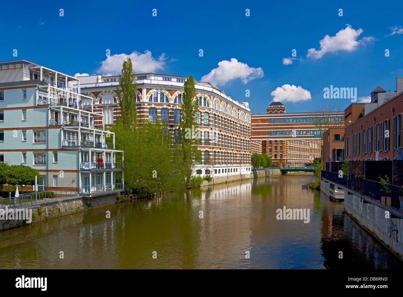 Loft-Wohnungen im ehemaligen Spinnerei an der Weißen Elster River ...