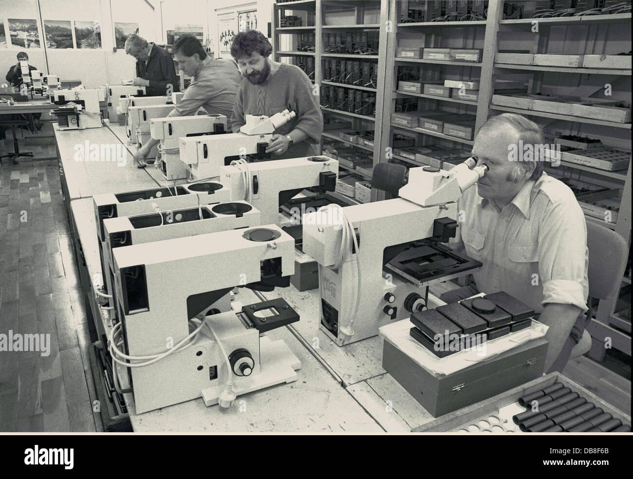 Carl zeiss jena eduval mikroskop microscope mit okularen und