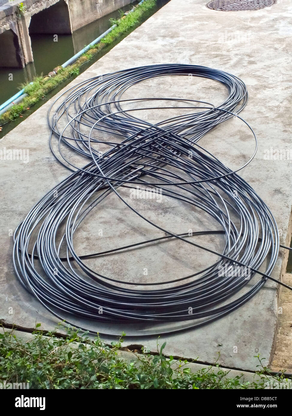 Wire Coil Electricity Stockfotos & Wire Coil Electricity Bilder - Alamy