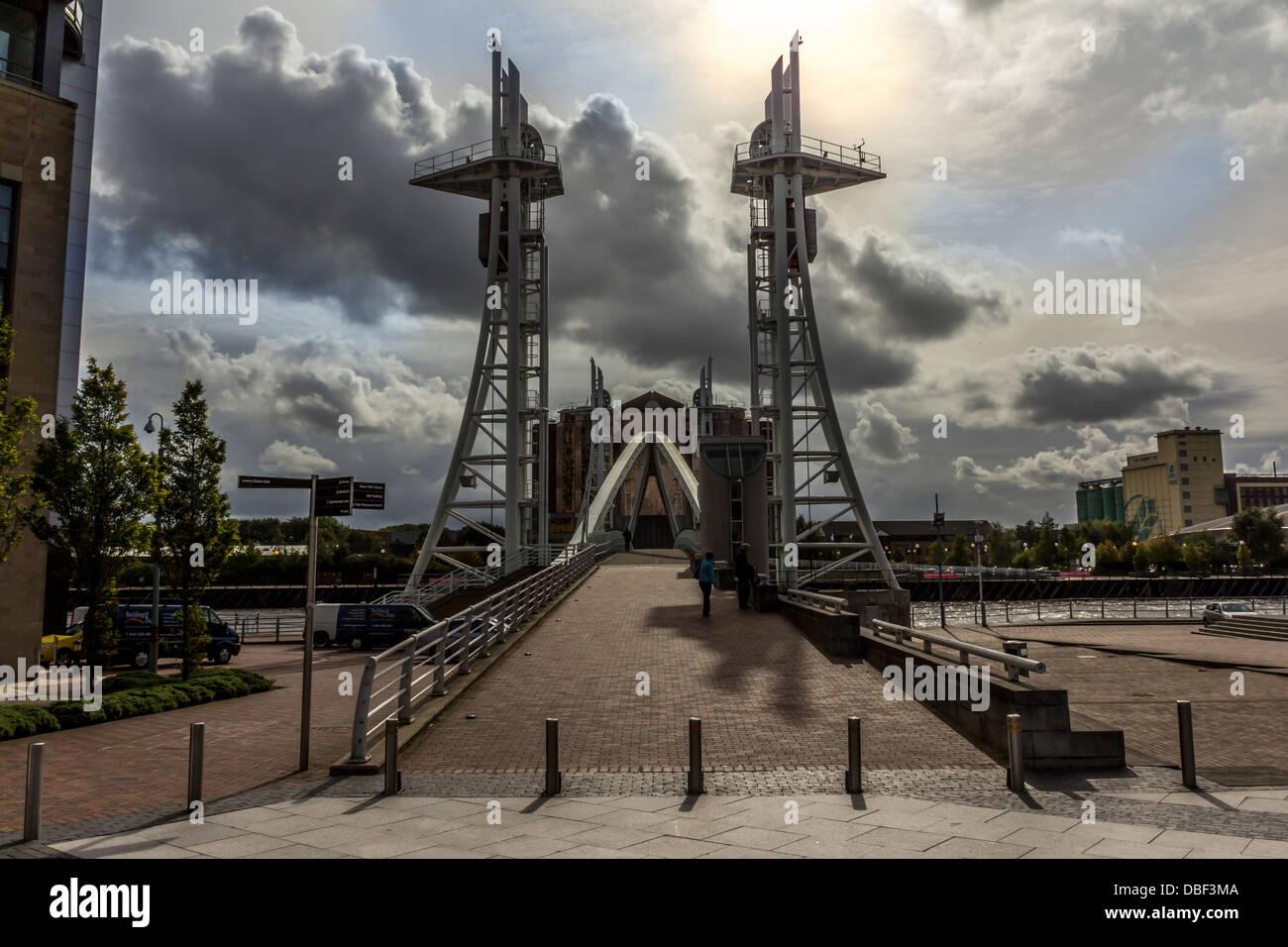 Brücke über den Manchester Ship Canal Stockfoto