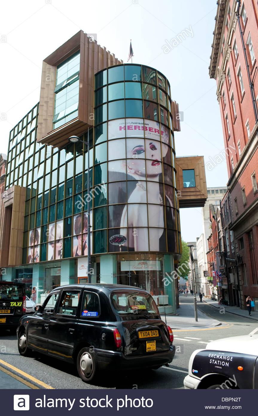 Zeitgenössische Architektur in Hanover Street, Liverpool, UK Stockbild
