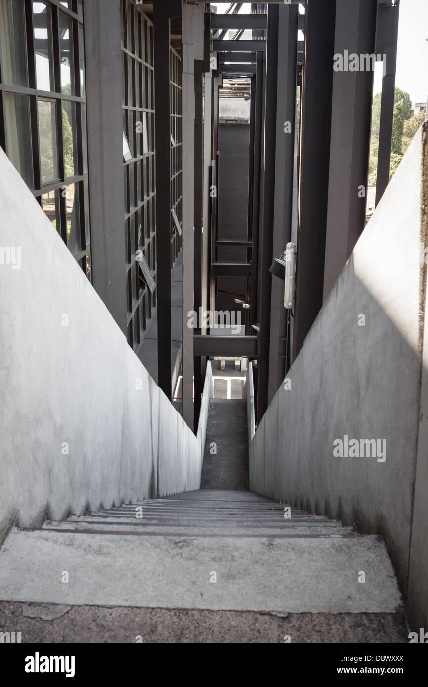 Aussentreppe Beton In Einem Modernen Gebaude Stockfoto Bild