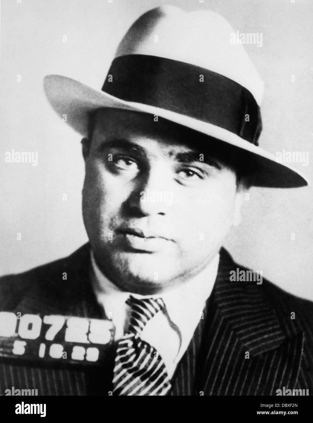 1920ER JAHREN GEFÄNGNIS FAHNDUNGSFOTO VON CHICAGO GANGSTER SCARFACE AL CAPONE Stockbild