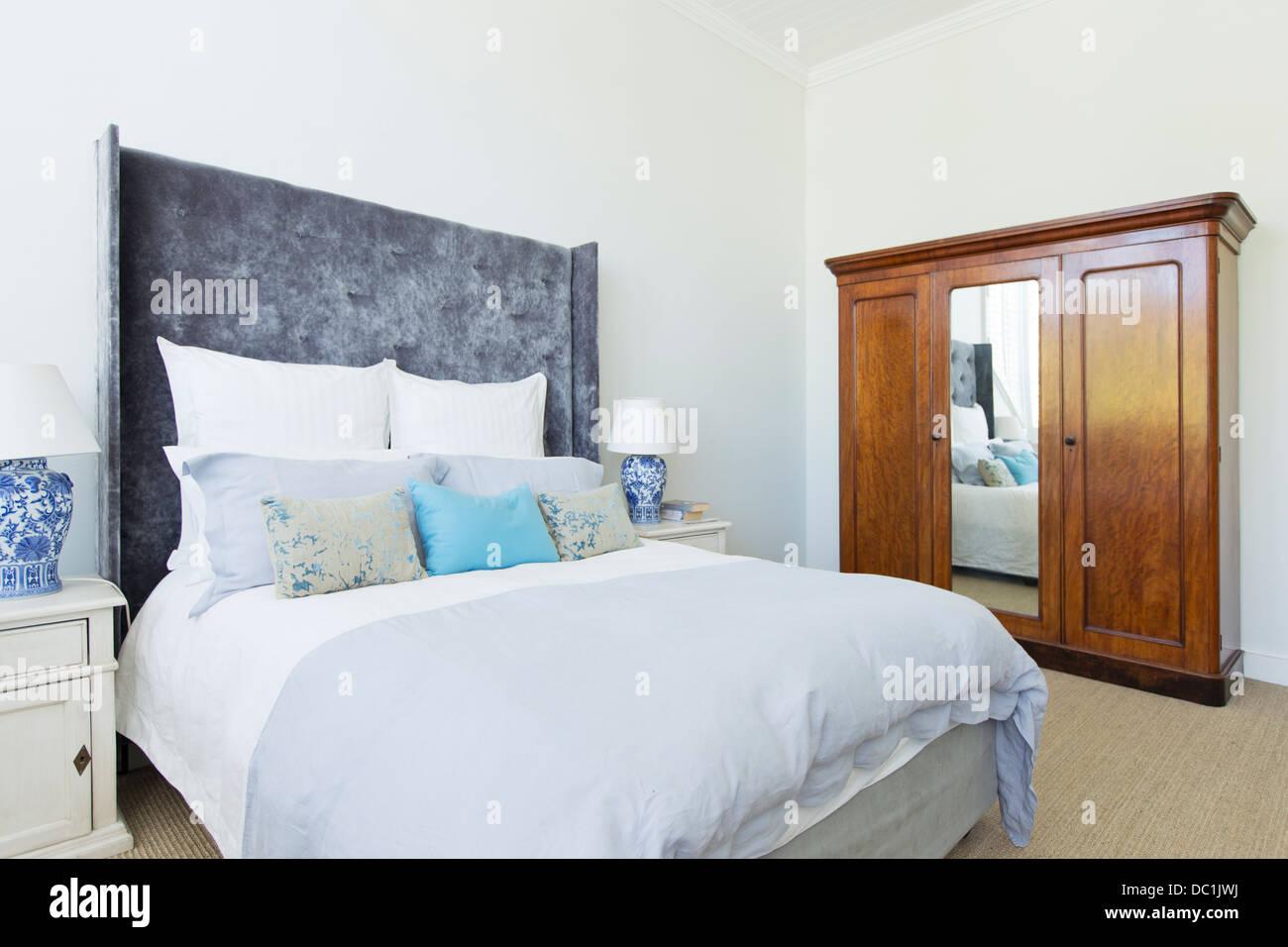 In Luxus Schlafzimmer Stockbild
