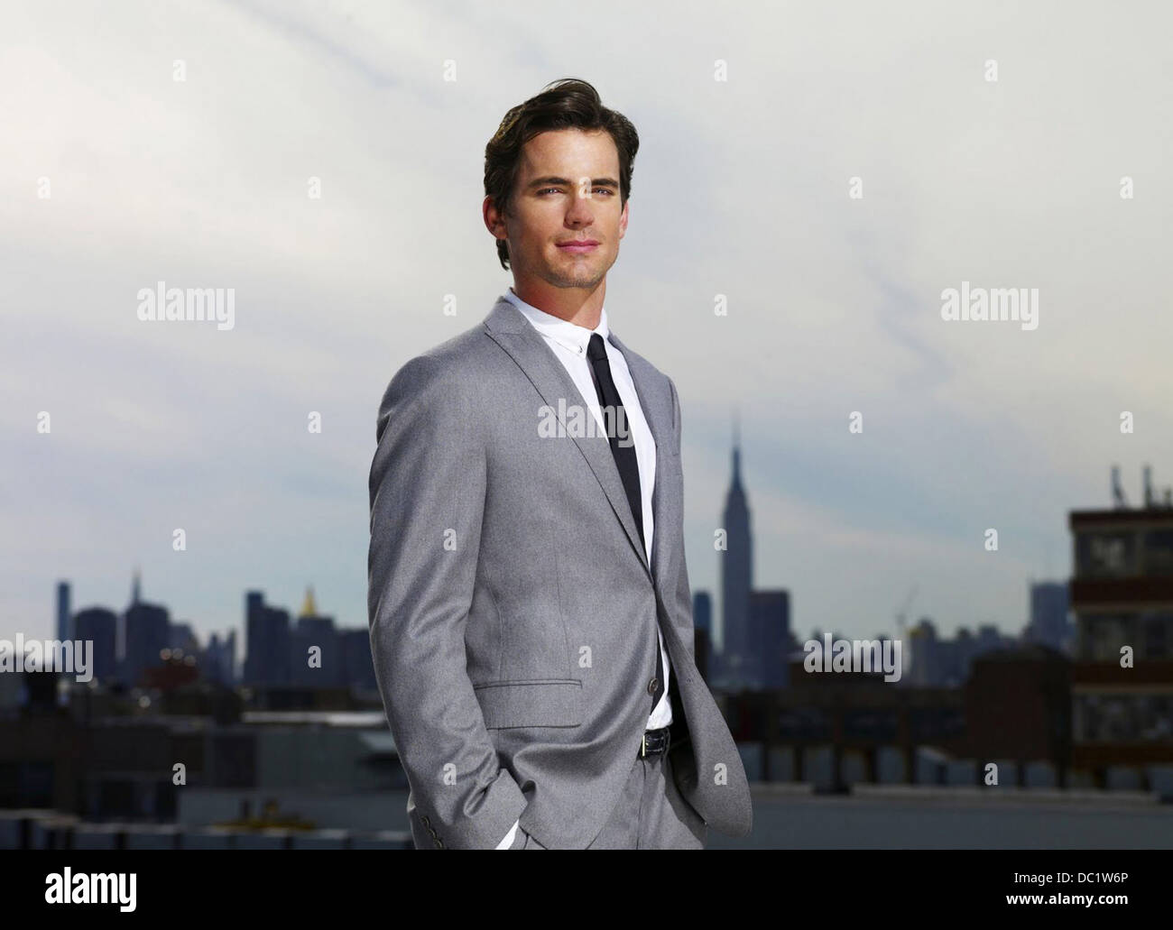 WHITE COLLAR (2009) (TV) MATT BOMER 001 MOVIESTORE COLLECTION LTD. Stockbild