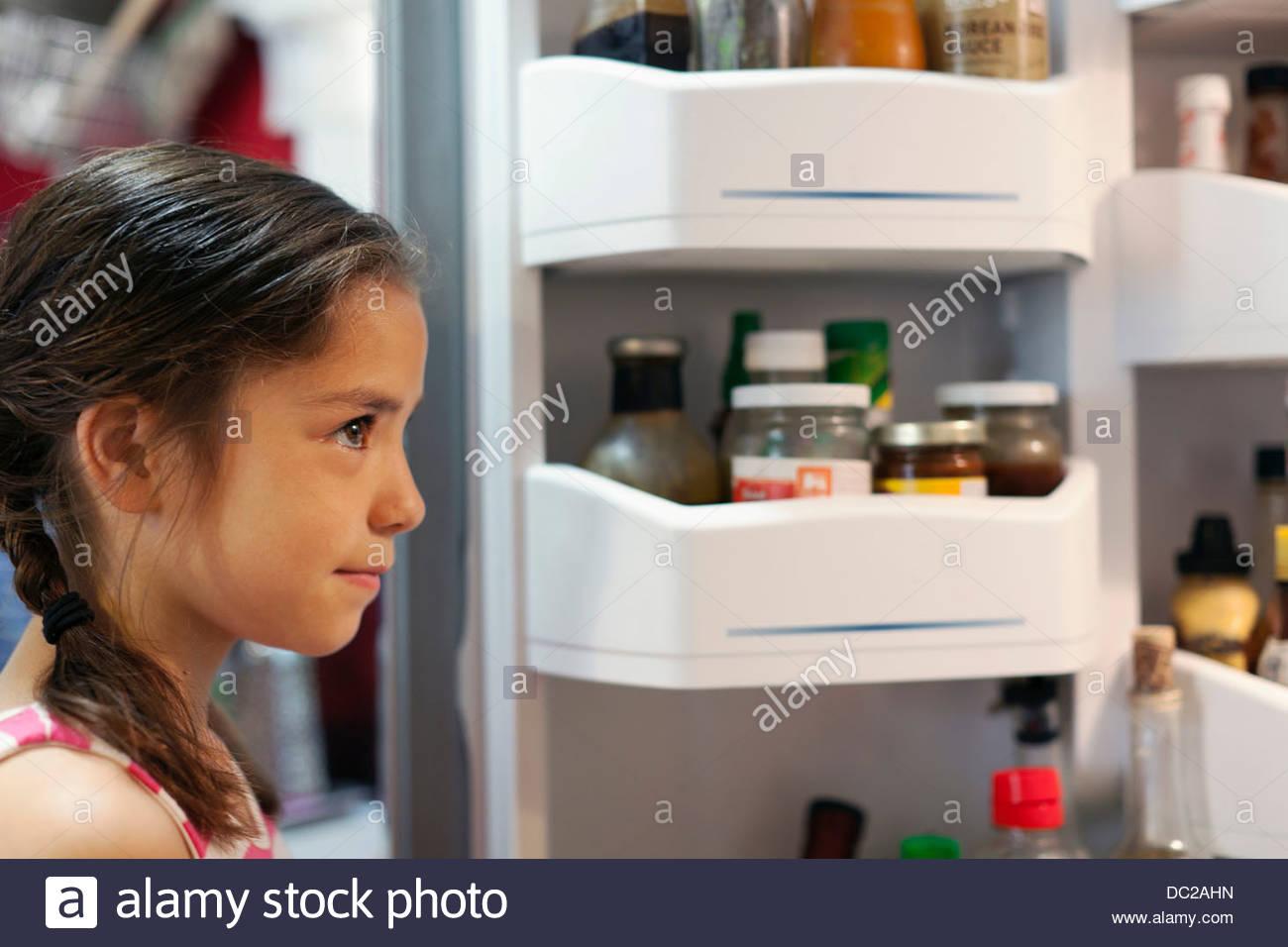 Amerikanischer Kühlschrank Bunt : Amerikanischer kühlschrank stockfotos & amerikanischer kühlschrank