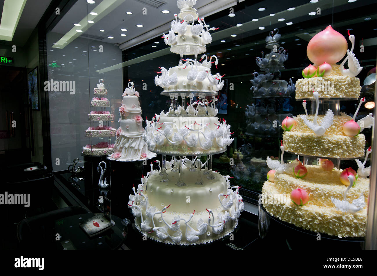 Wedding Cake Shop Stockfotos Wedding Cake Shop Bilder Alamy