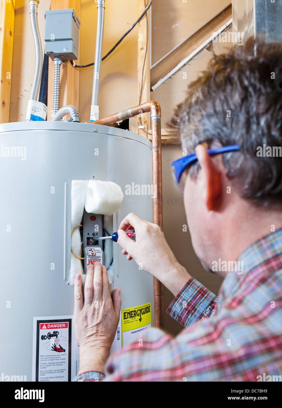 Wasser Heizung Wartung Stockfoto Bild 59169749 Alamy