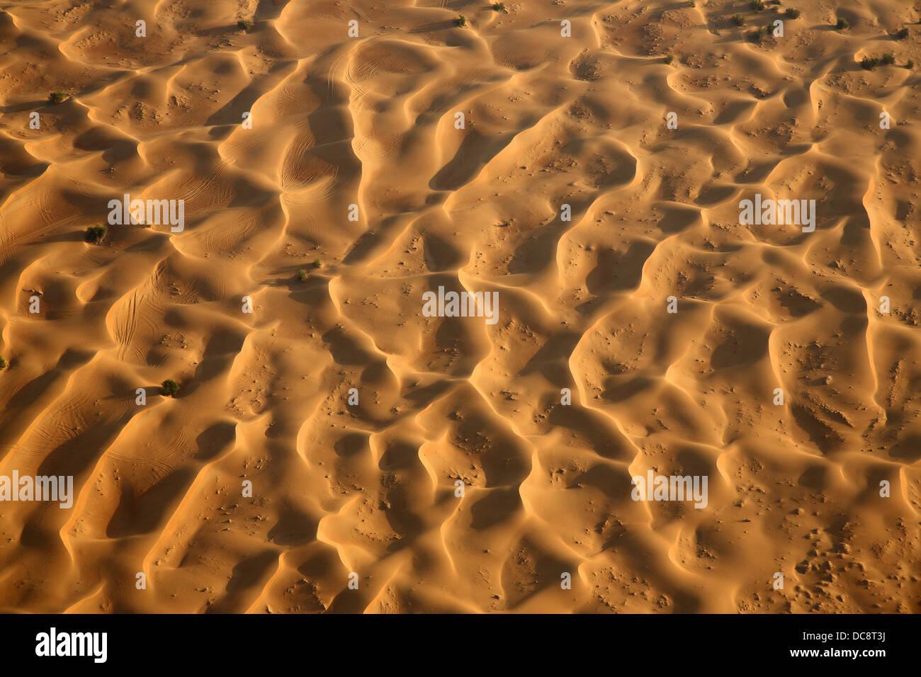 Sanddüne in der arabischen Wüste, Dubai, Vereinigte Arabische Emirate Stockbild
