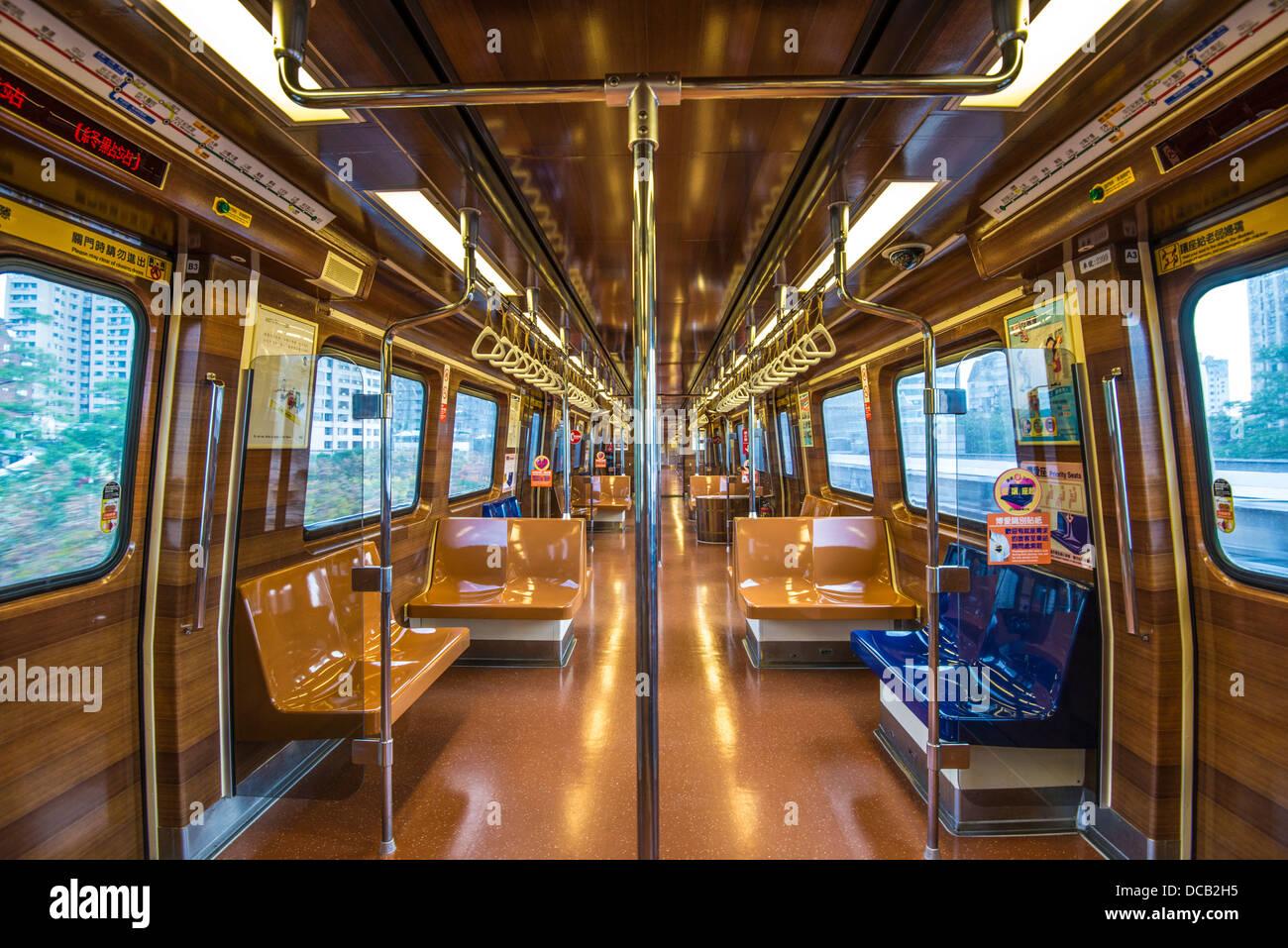 Xinbeitou Branch Line-Zug Interieur in Taipei, Taiwan. Stockbild