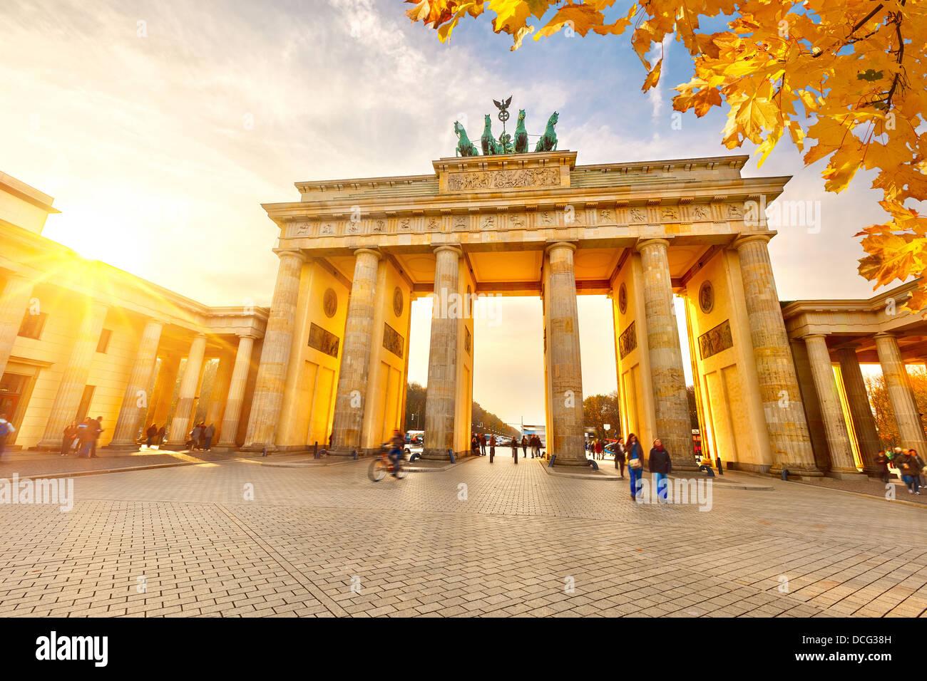 Brandenburger Tor bei Sonnenuntergang Stockfoto
