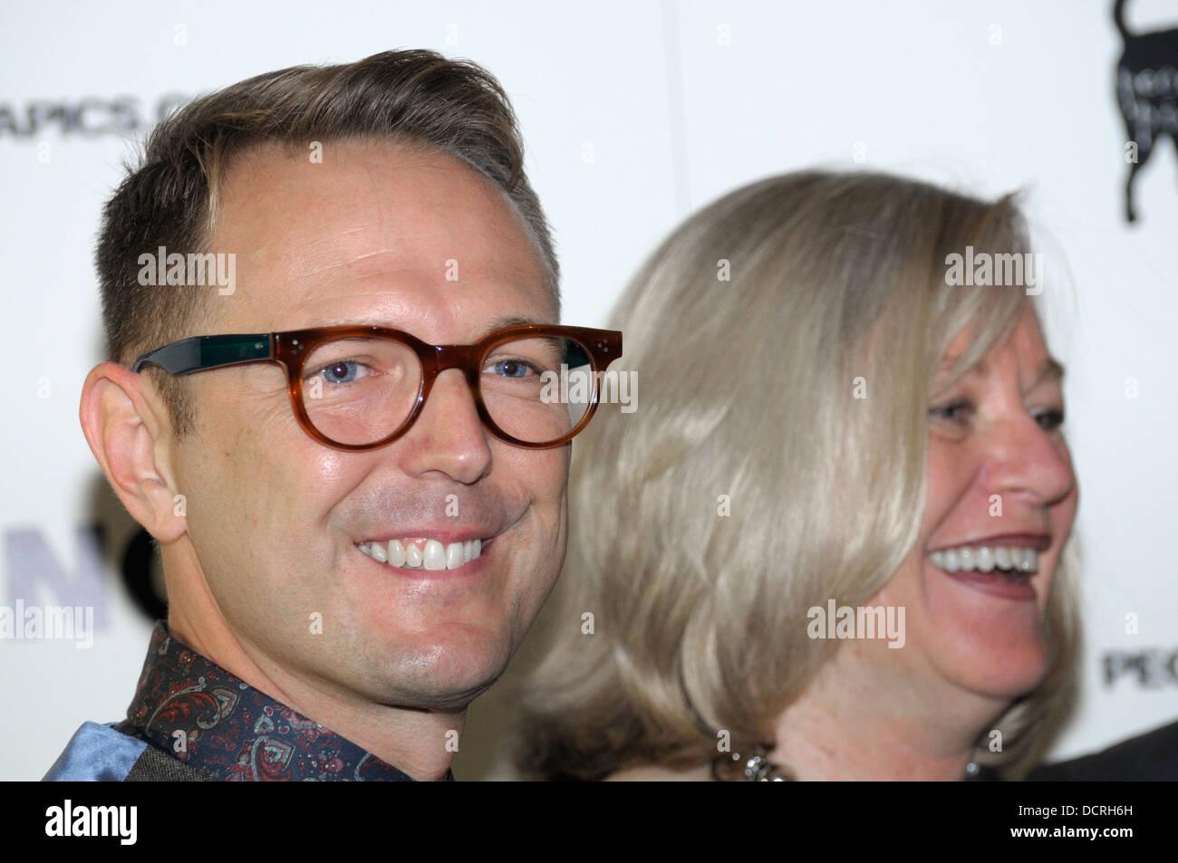 """Steven Robert Kozlowski und Maxine Makeover (Co-Produzenten) bei der UK-Gala Premier-Vorführung von """"Any Stockbild"""