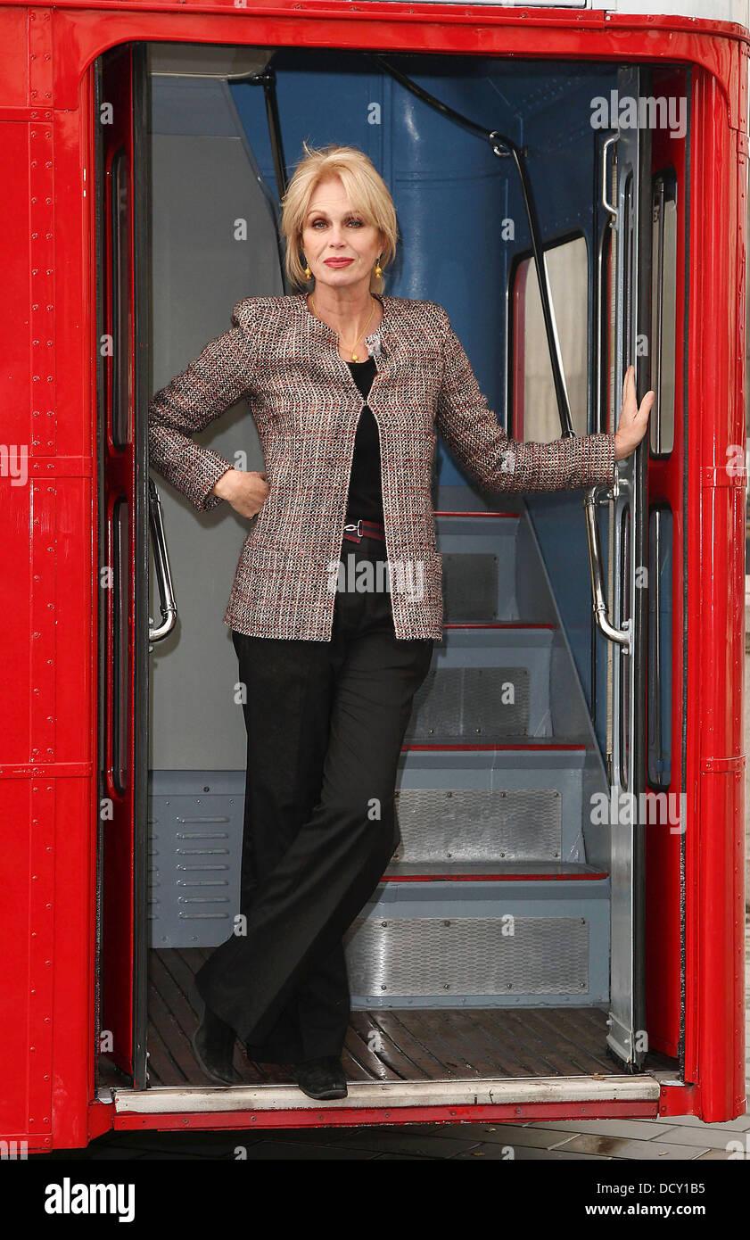 Joanna Lumley startet die Erbarmen 2012-Kampagne auf dem Trafalgar Square. Die Kampagne wird gestartet, als Protest Stockfoto