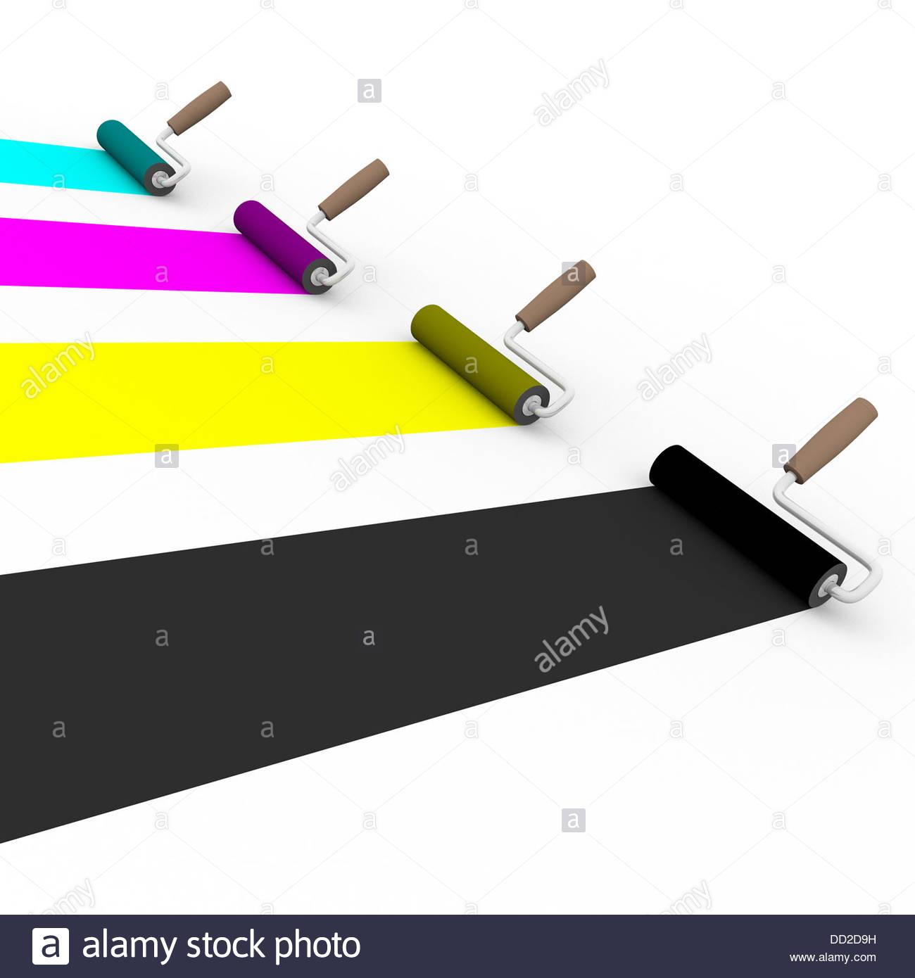 Seitenansicht von vier Malerrollen mit Cmyk-Farben. Grafik und prepress-Konzept Stockbild