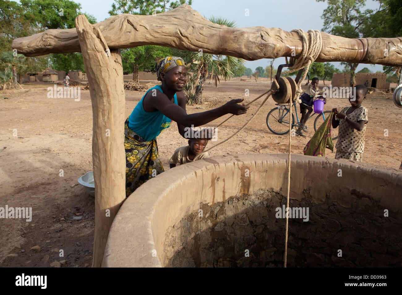Wasser gut in Dédougou Provinz, Burkina Faso, Westafrika. Stockbild