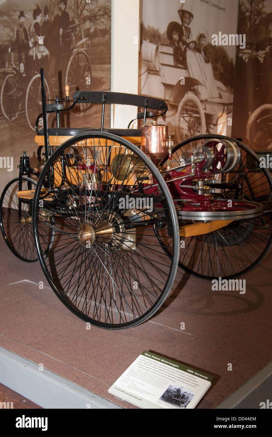 Benz Patent Motorwagen Stockfotos & Benz Patent Motorwagen Bilder ...