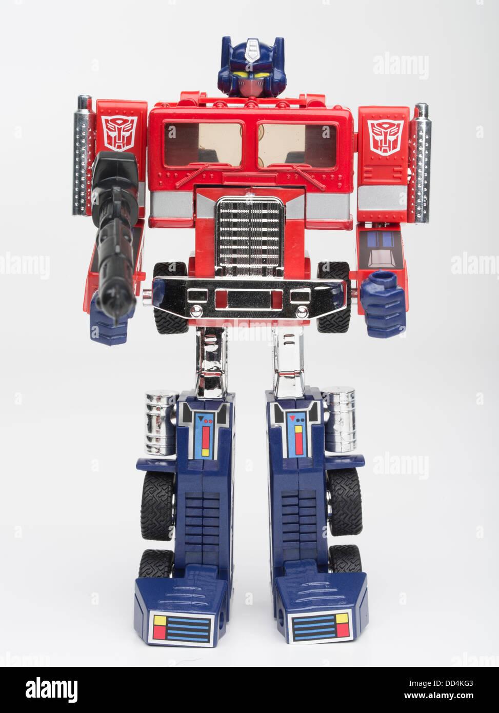 Optimus prime transformers spielzeug von takara