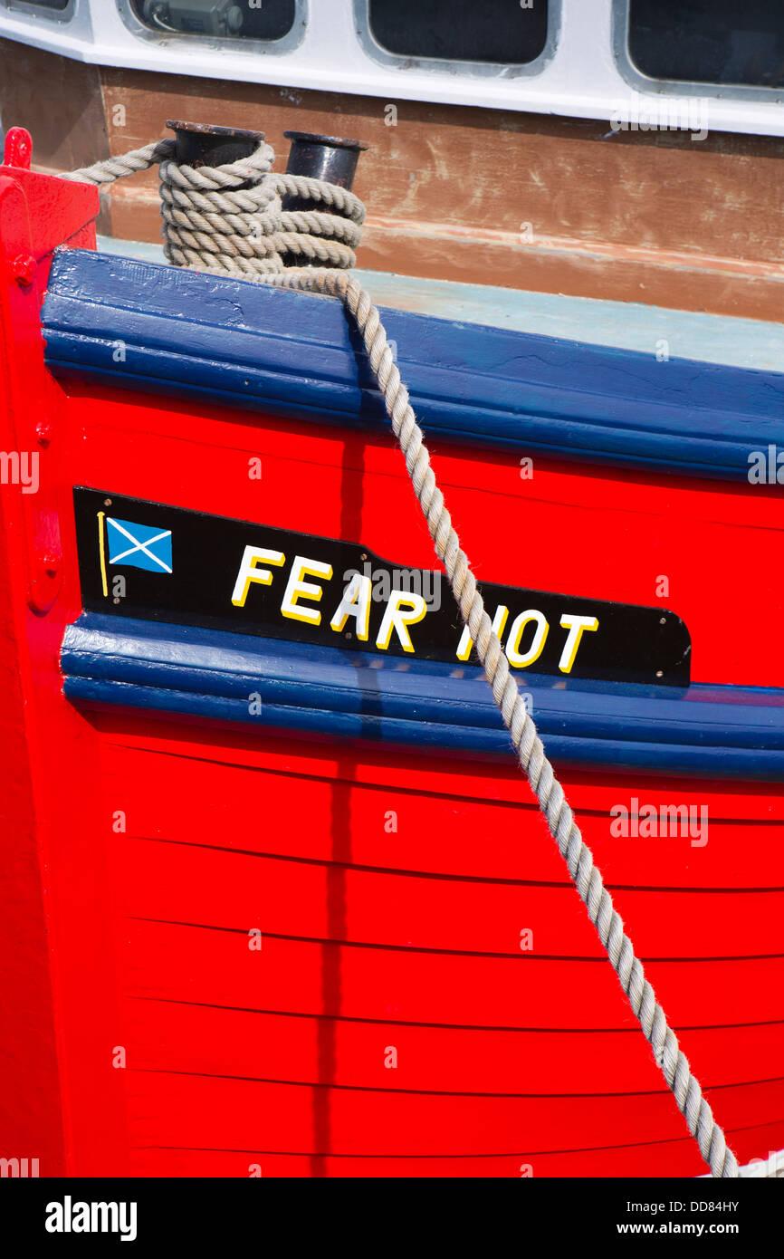 Großbritannien, Wales, Ceredigion, Aberystwyth Hafen, Bug der Angst nicht rot Fischerboot Stockbild