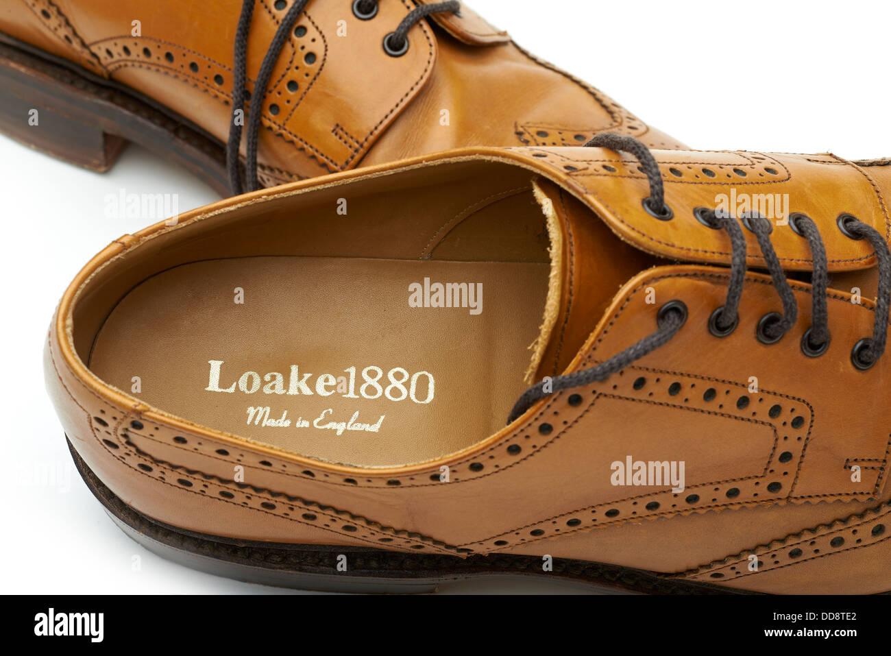 4e01f56e11c7 Loake Schuhe tan Brogues klassisch englischen Schuh beste Qualität Leder  Geschichte 1880 alte Design Studio Stockbild