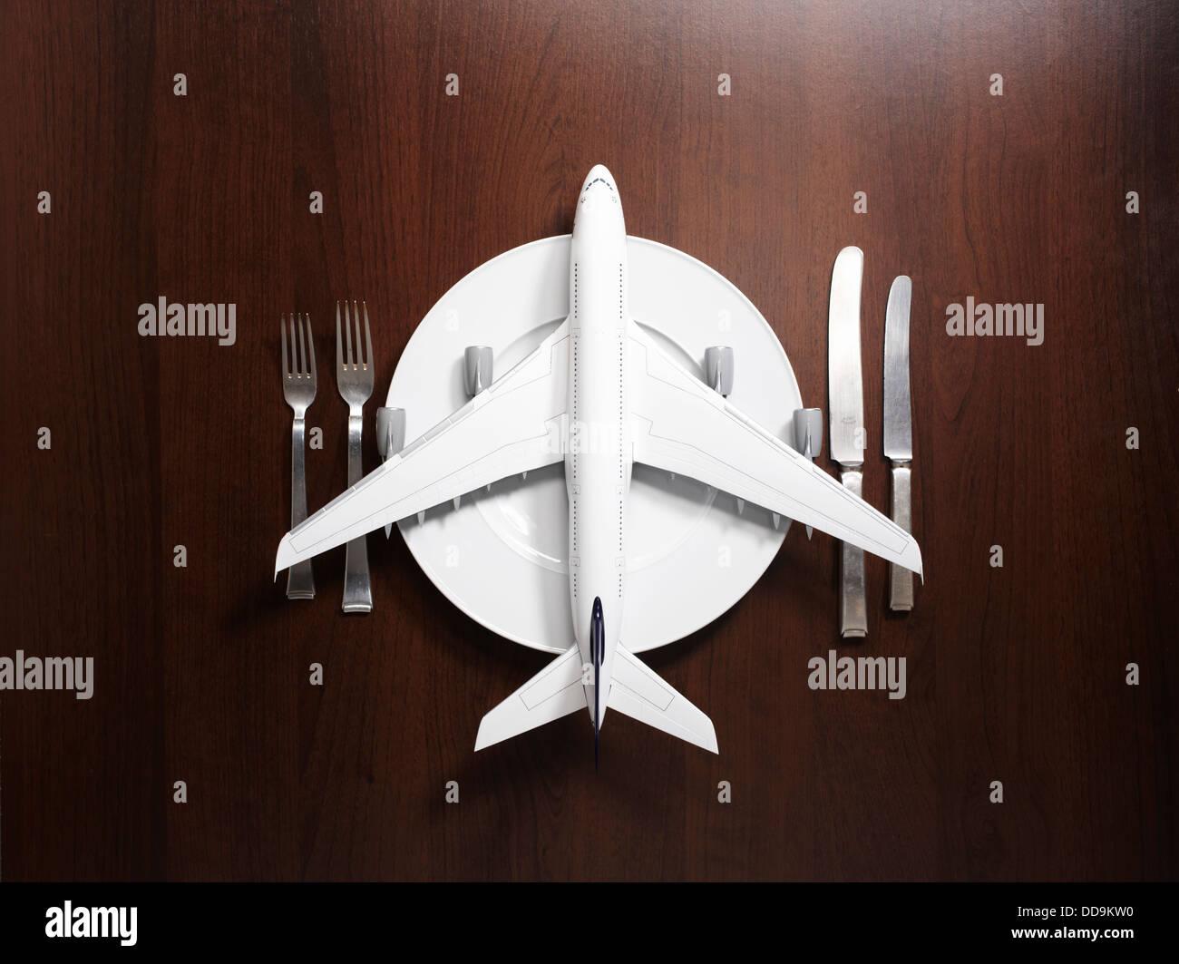 Gedeck mit Flugzeug Stockbild