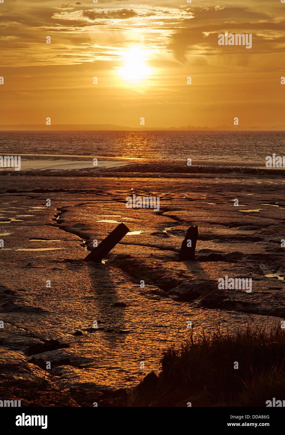 Sonnenuntergang über den Bristolkanal von der Pille Clevedon Somerset UK Stockbild