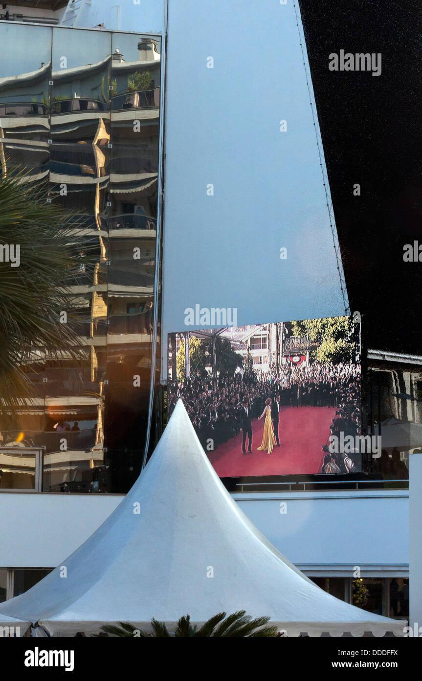 Europa, Frankreich, Alpes-Maritimes, Cannes Film Festival, Weiterverbreitung von den roten Teppich auf der großen Stockbild